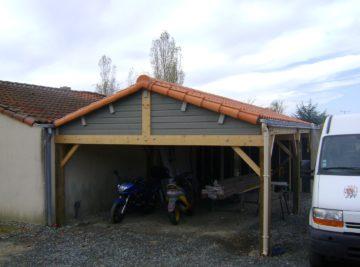 Préau bois terminé façade