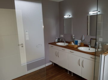 Salle de bain, parquet bois