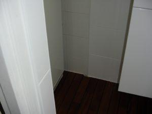 salle de bain parquet teck